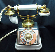 Ivory Dutch Telephone