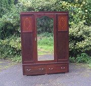Large Edwardian Mahogany Wardr