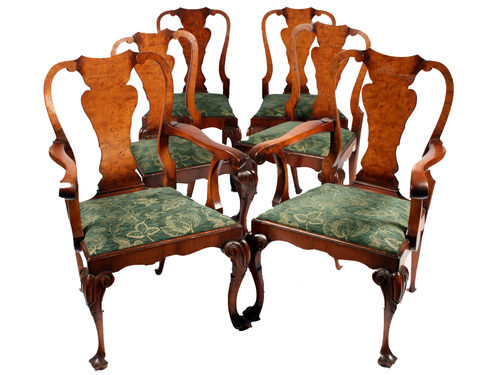 Elegant-design-chairs-with-Queen-Anne-style-with-convinient-design-and-wooden-frames-for-home-furnishing